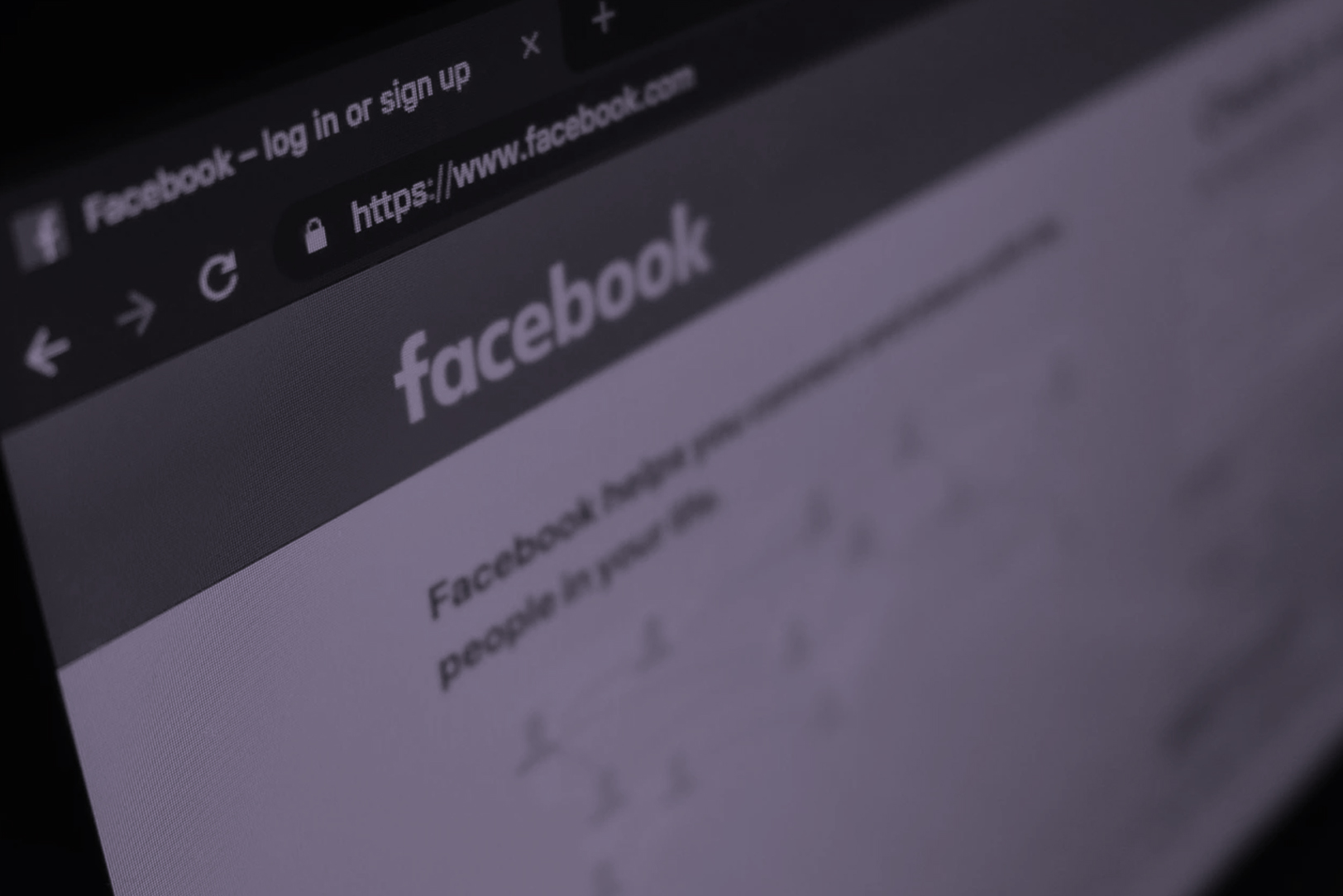 How Pharmaceutical Companies Can Compliantly and Efficiently Advertise on Facebook